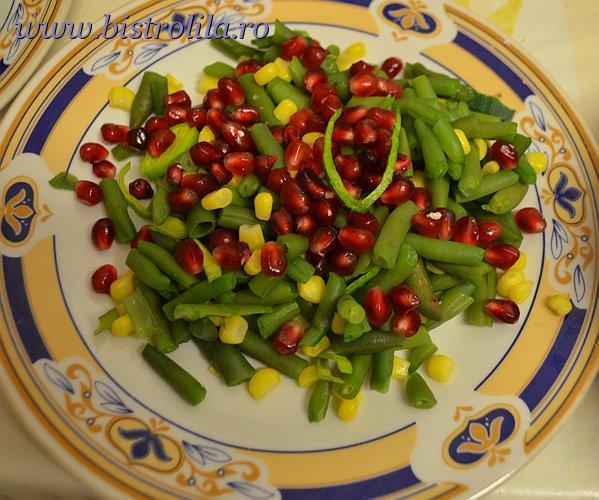 Salata de fasole verde cu rodie